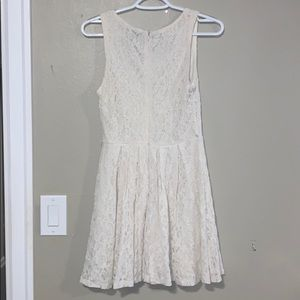 Forever 21 Dresses - Lace ivory dress